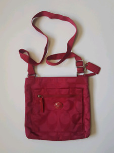 Authentic COACH crossbody purse in Raseberry