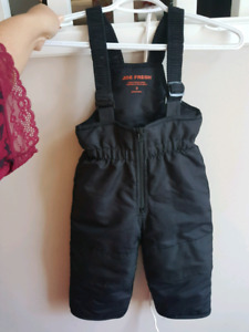 Used a few times. snowpants. Size 2