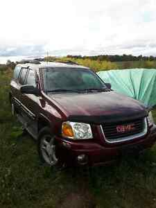Parting Out 2004 GMC Envoy XL Peterborough Peterborough Area image 2