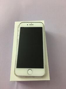 Unlocked iPhone 7/32gb