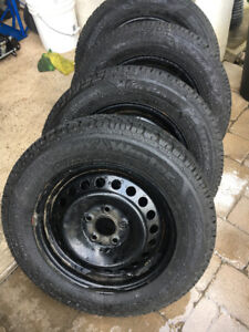 4 Goodyear winters with rims for Ford Focus 195 65 15
