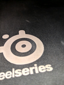 SteelSeries Qck+ / Large Gaming Mousepad