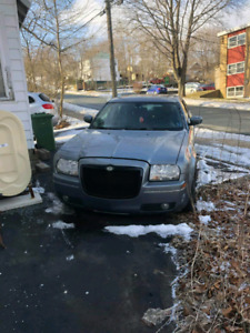 Parting out 2006 Chrysler 300 AWD