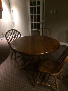 Oak table & 3 chairs