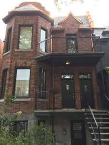 5 1/2 in the heart of the  Mile-End