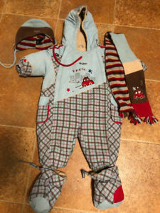 Gusti snow suit with hat and scarf- 18 months
