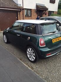 2007 (R56) Mini Cooper S in British Racing Green with Chili pack.