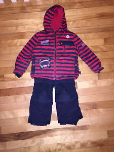 Two-piece snow suite by Souris Mini size 3T