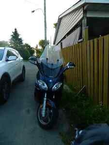SCOOTER PIAGGO X9 500cc West Island Greater Montréal image 5