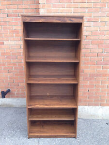 Wooden Bookcase with 6 Shelves