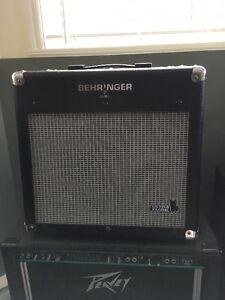 Behringer Vintager AC112 guitar combo