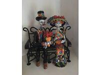 Mexican sculpture incl bench