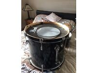 Pearl 5 piece drum kit as new