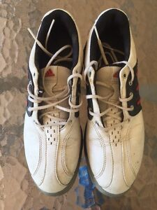 Boy's Size 4 Golf Shoes