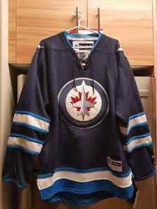 OFFICIAL WINNIPEG JETS JERSEY FOR SALE-NEVER WORN-MUST SELL..!!!