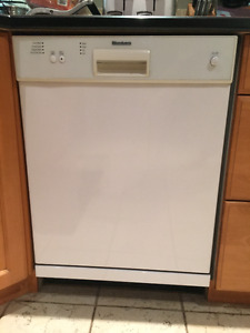 Lave-Vaiselle Bloomberg Dish Washer