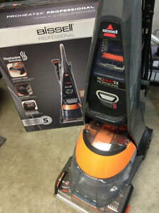 Bissell Professional 2X Proheat Carpet Cleaner - MINT