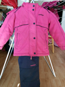Kids snow suit size 3
