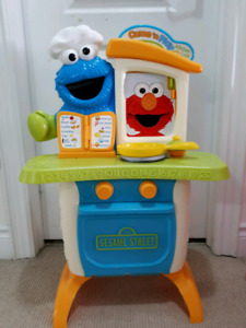 Sesame Street Come n' Play Kitchen Cafe