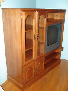 "Solid Maple Entertainment Unit and FREE 27"" Panasonic Tau TV"