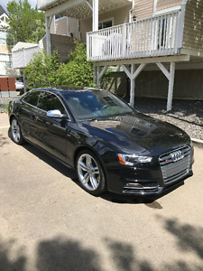 2014 Audi S5 Technik Coupe (2 door) 29500Km!