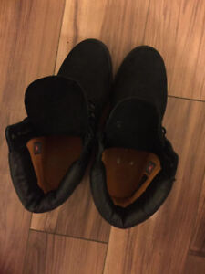 """Selling Mens Timberland 6"""" Classic Boot Black"""