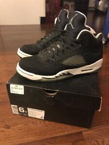 Nike Air Jordan 5 V Retro Oreo Black White Gray GS US6Y Pre-own