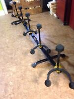 Hercules Collapsable Guitar Stand