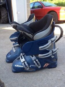 Ski boots - large kid or petite adult - size 10.5 kids