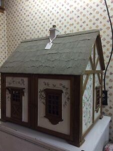 Gorgeous handmade dollhouse