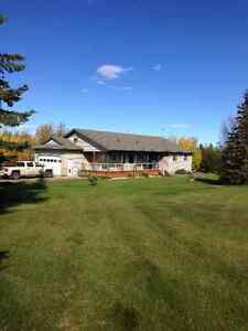 Acreage - 1 Owner / Paved / 10-15mins Away / CR-5 / 42x48 Shop