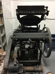 """Chandler and Price Working Antique Platen 10"""" x 15"""""""