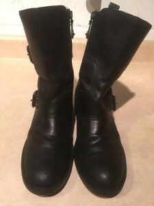 Women's Enzo Angiolini Leather Boots Size 8 London Ontario image 2