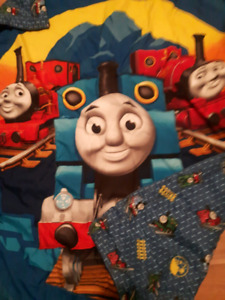 Thomas the train bedsheets & quilt comforter