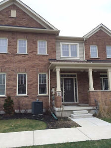 Newer 3 BR- Bowmanville (Hwy 2&Green Rd)-LIVE RENT FREE IN MAY!