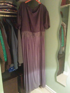 Pluse size gray dress, gown size 18-20 London Ontario image 1