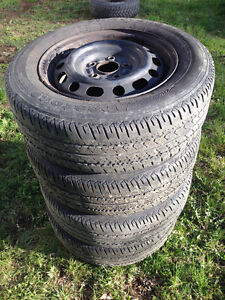 P195 65R 15 All Season Firestone Tires & Rims