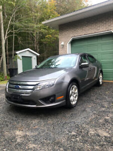2010 Ford Fusion SE 6-Speed Manual Transmission