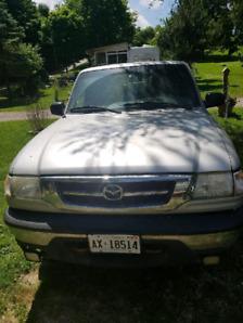 2004 Mazda B4000 4×4 pickup truck