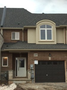BRAND NEW 3 BEDROOM TOWNHOUSE FOR LEASE IN STONEY CREEK