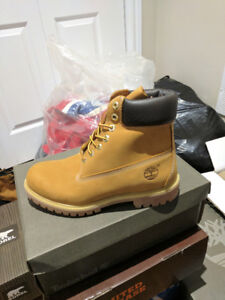 Timberland Boots Size 8 NEW