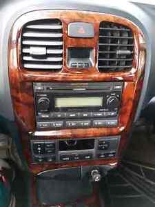 Hyundai Sonata V6. Leather + sunroof+ heated seats Gatineau Ottawa / Gatineau Area image 3