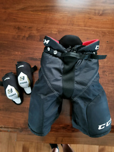 Kids hockey pants and elbow pads