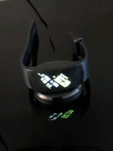 Google Gear  Fit Pro 2 watch mildly used