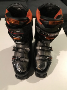 These Ski Boots are looking for your feet!   Salomon Mission RS8