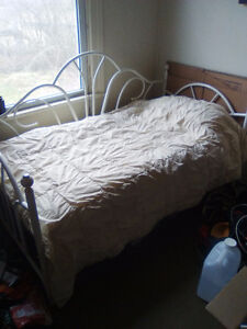 Day bed and desk