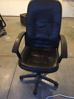2 computer chaire