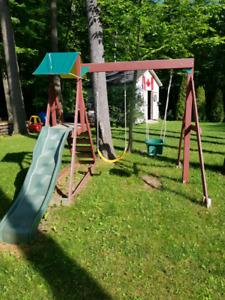Child swing set