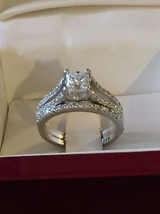 1.38 CT VVS2/E Engagement ring with matching wedding band