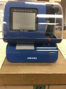 PIX - 200 / TIME CLOCK / PUNCH CLOCK / 500 TIME CARDS FREE